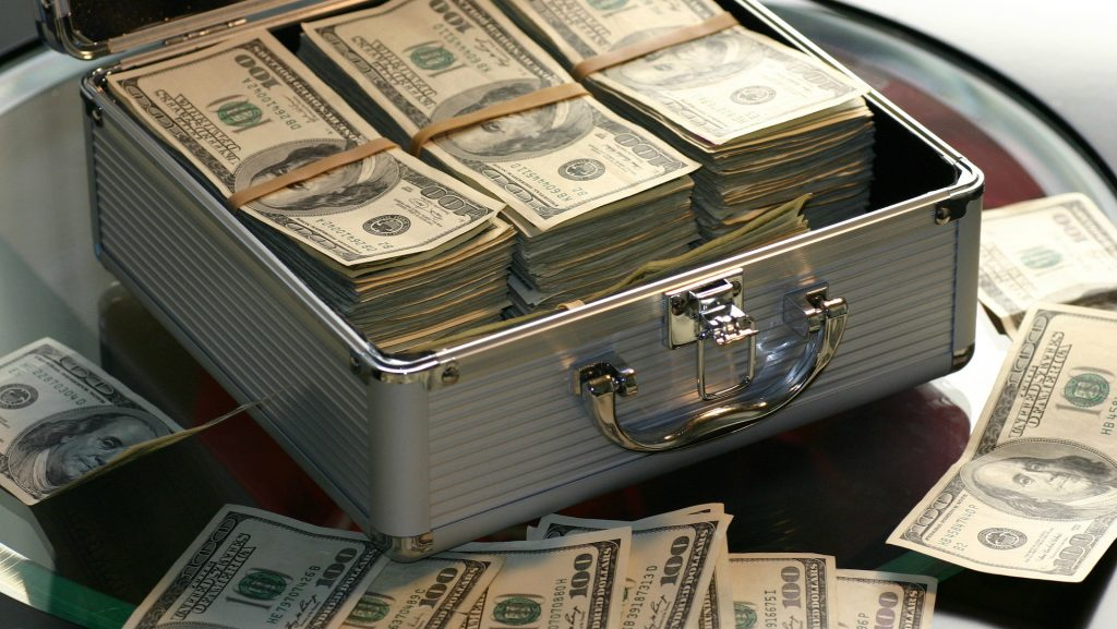 labākās naudas pelnīšanas apmaiņas internetā 2020