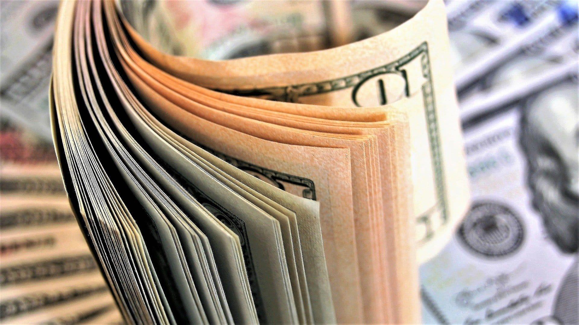 Uzticamas vietnes lai nopelnītu naudu tiešsaistē, kā...