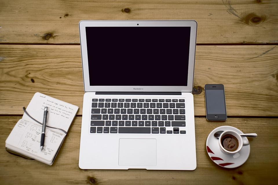 8 iespējas kā nopelnīt internetā - Spoki