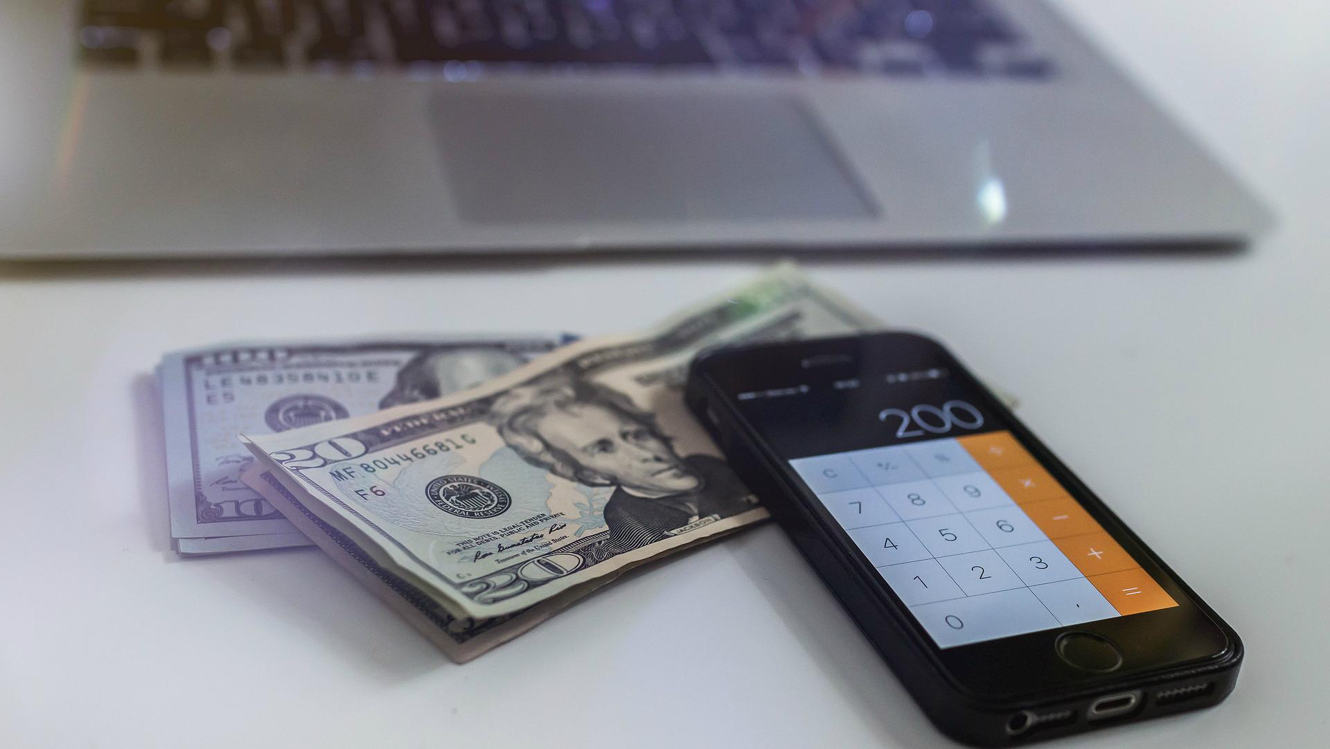 vienkārši veidi, kā nopelnīt naudu tiešsaistē, izmantojot mobilo tālruni