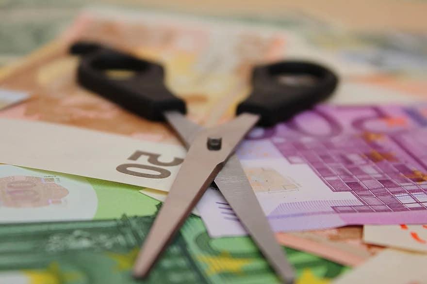kā nopelnīt naudu eiro