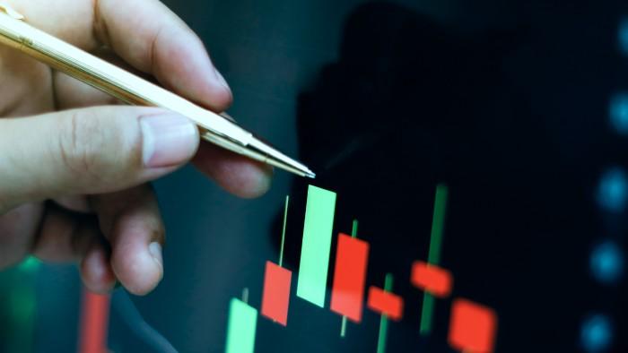 mēs piedāvājam tirdzniecību pēc signāliem kursi, pēc kuriem jūs varat nopelnīt lielu naudu