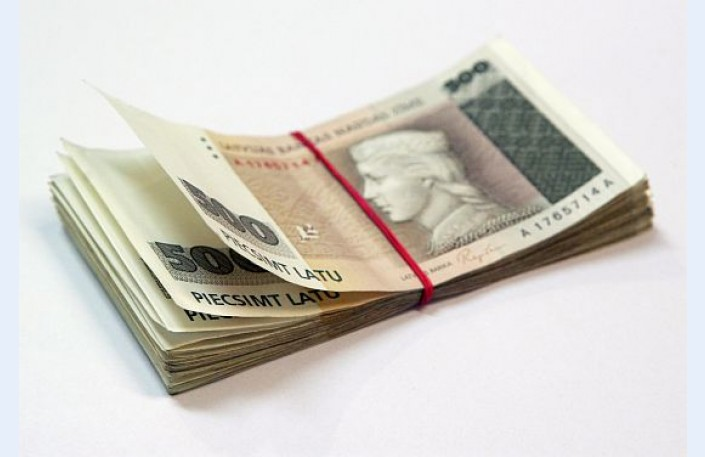 Nopelnīt naudu ātri tiešsaistē