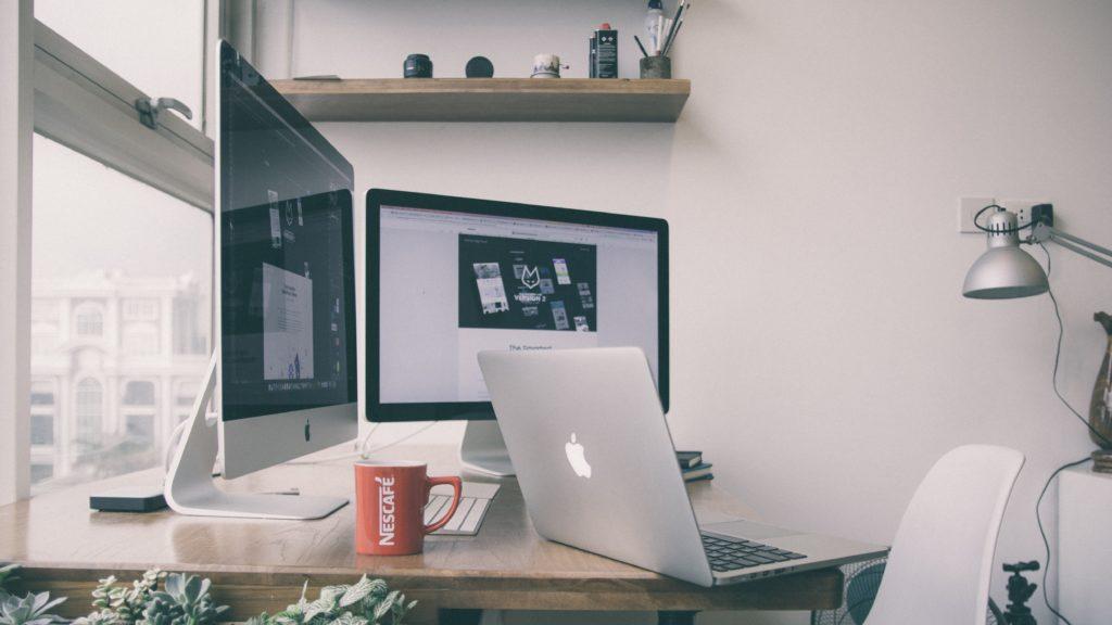 Padarīt daudz naudas internetā. 40 veidi, kā nopelnīt naudu – labākie ātri kredīti