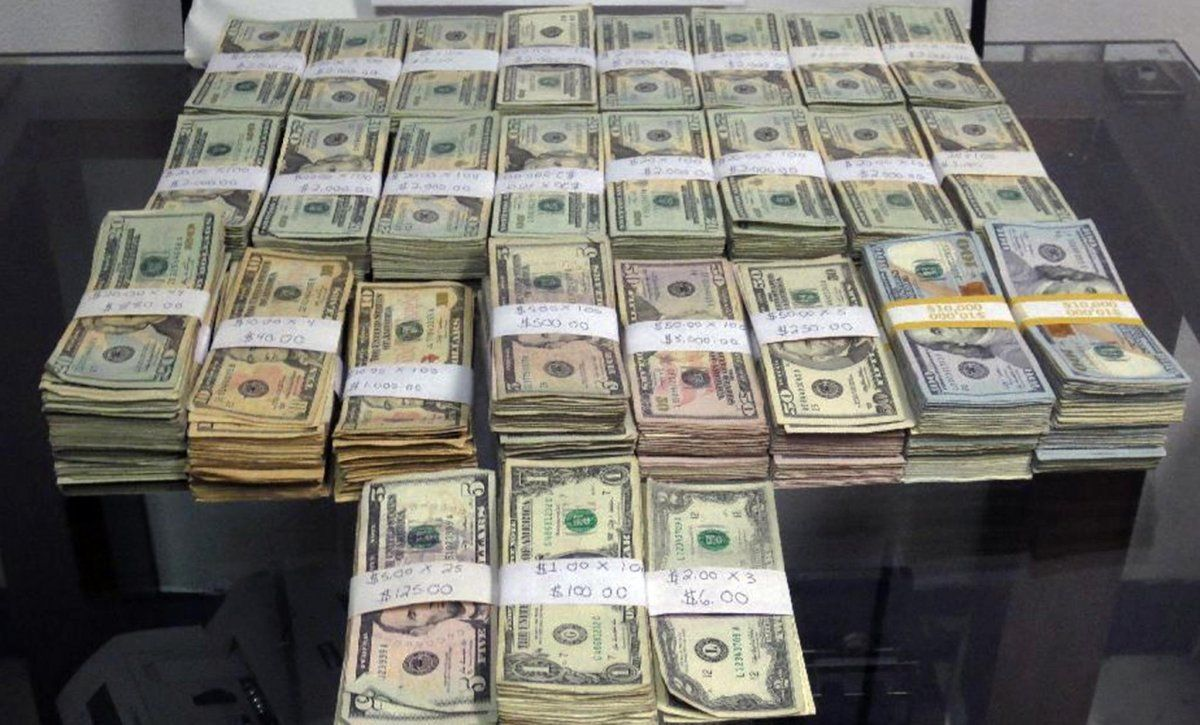 vietnes, kurās jūs nopelnāt reālu naudu kā tirgot iespējas biržā